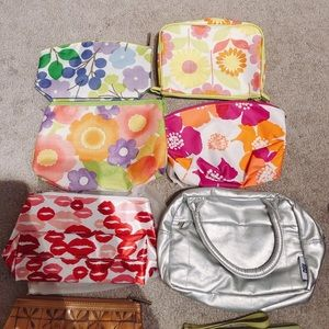 ✨BRAND NEW Clinique makeup travel bags✨